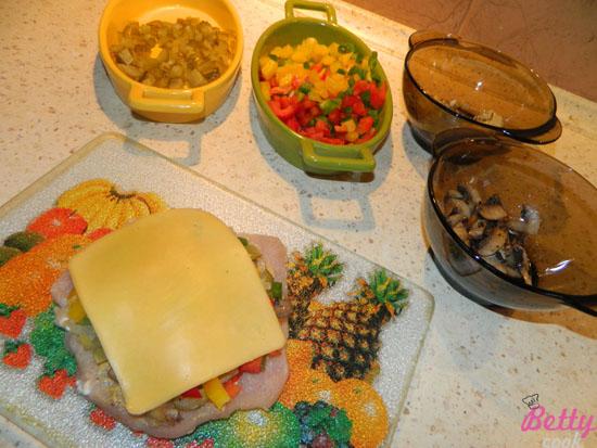 Kolorowy schabowy z serem