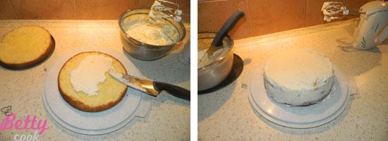 Smarujemy tort kremem
